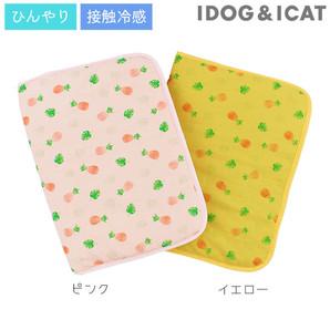 IDOG&ICAT ひんやりキルトマット パイナップル アイドッグ 【卸 ペット用品 】