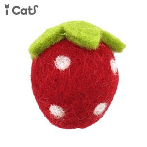 iCaTOY コロコロフェルトTOY いちご 【 卸 猫用品 】